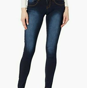 NWT Cute Butt Lift Stretchy Acid Washed Jeans 14W